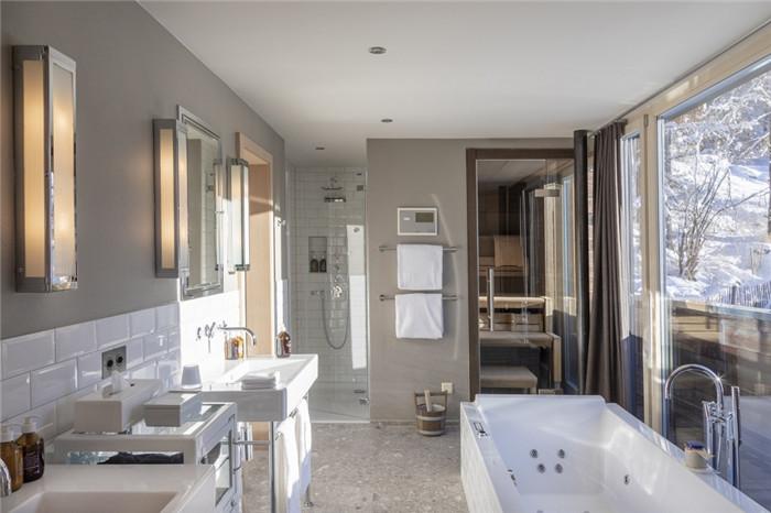 客房卫生间设计-可持续理念下的滑雪场原生态度假酒店设计案例