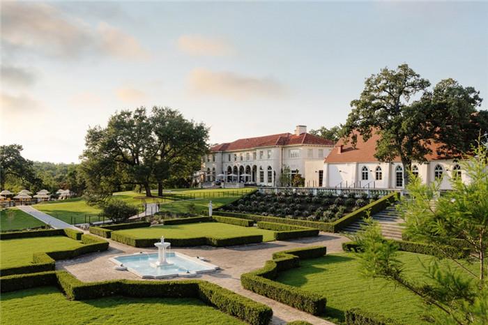 酒店景观设计-国外意大利风格豪宅改造花园度假酒店设计案例