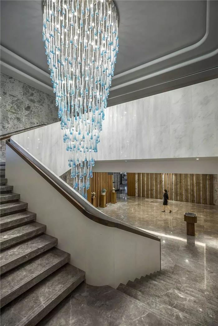 酒店大厅设计-坐落于山水中的中式奢华度假酒店设计方案