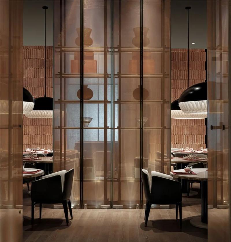 酒店中餐厅设计-皇冠假日酒店首家时尚年轻化五星级酒店设计赏析