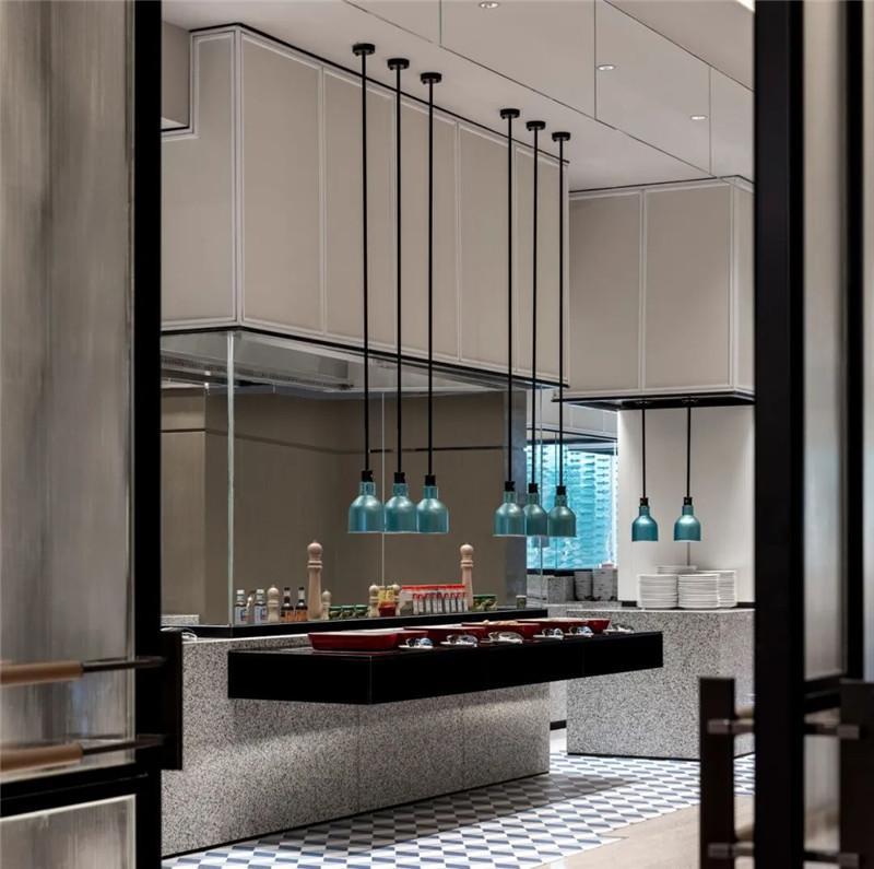 酒店全日制餐厅设计-皇冠假日酒店首家时尚年轻化五星级酒店设计赏析