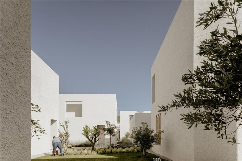 酒店建筑设计-Voyage Torba Hotel  土耳其小镇度假精品酒店设计