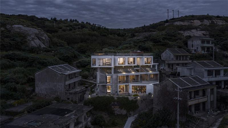 朴素原生态石头民宿改造设计案例