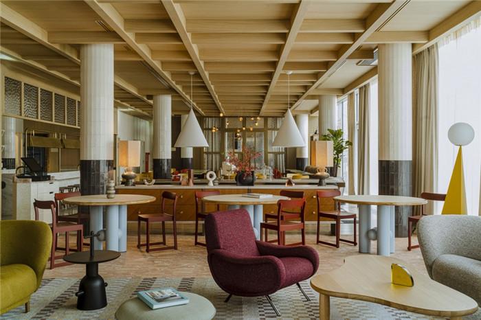 复古优雅的PURO精品酒店翻新改造设计方案