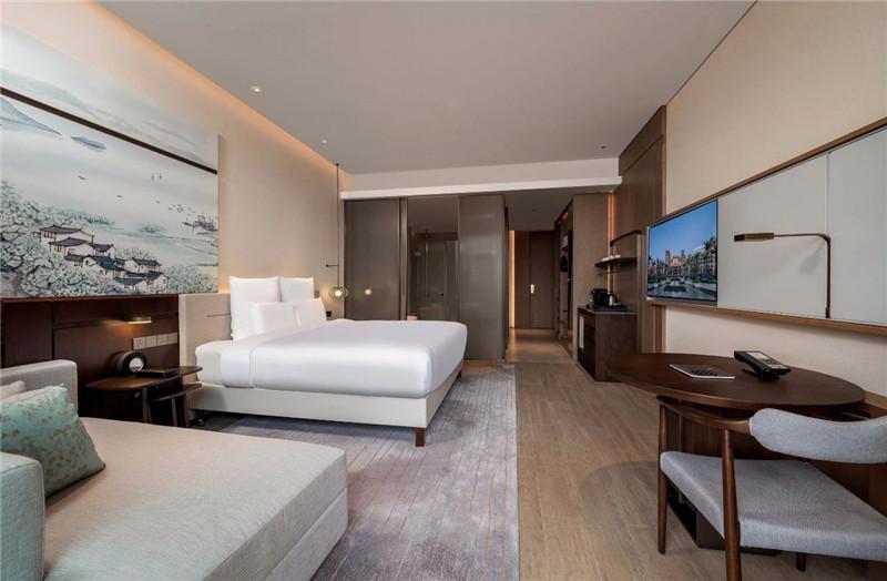 大床房设计-现代新中式岳阳铂尔曼五星级酒店设计赏析