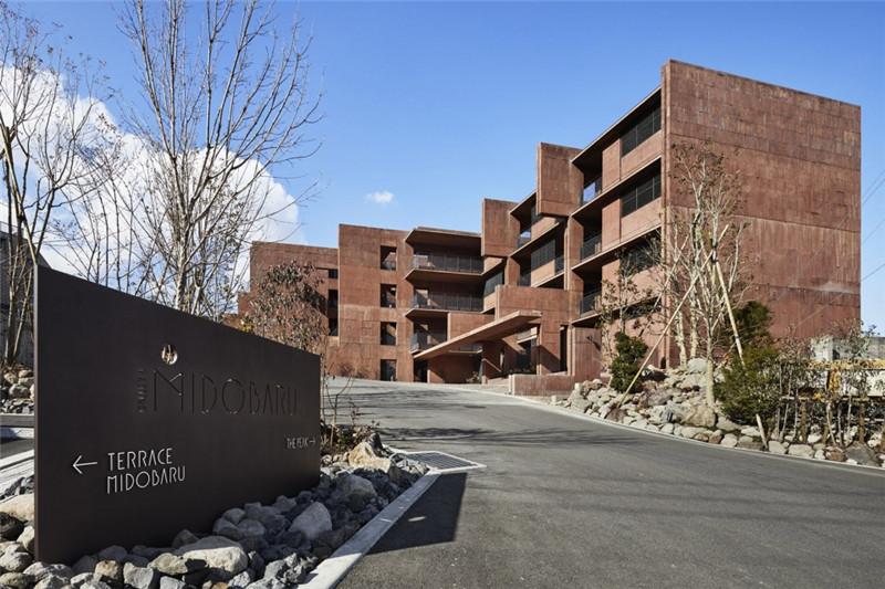 酒店入口设计-融入当地特色的Galleria Midobaru温泉酒店设计