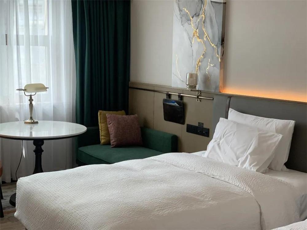 最新开业酒店设计:无锡万达颐华酒店客房设计