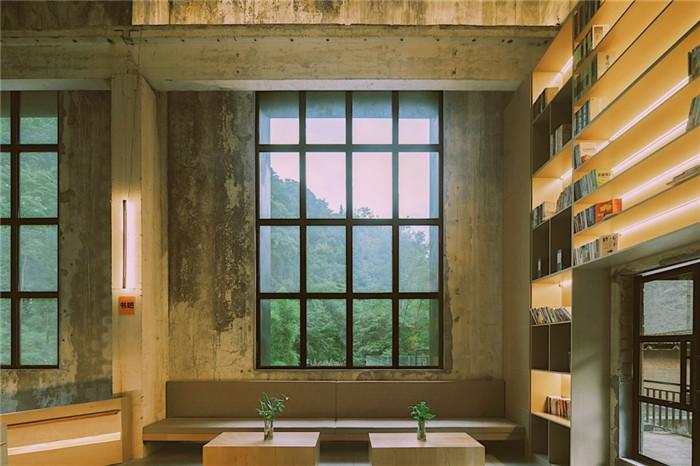 大堂休闲区设计-酷酷工业风成都1979精品度假酒店改造设计方案