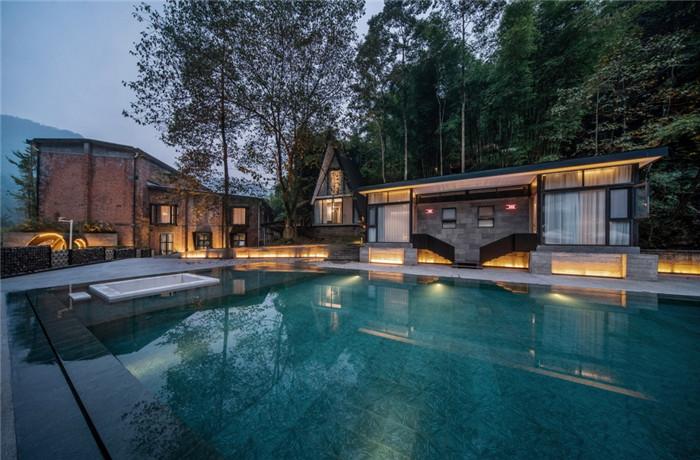 酒店泳池设计-酷酷工业风成都1979精品度假酒店改造设计方案