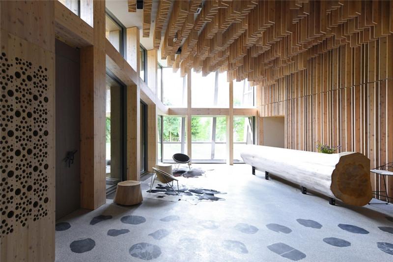 酒店大堂设计-连接本土文化与创意的BOHINJ酒店翻新改造设计方案