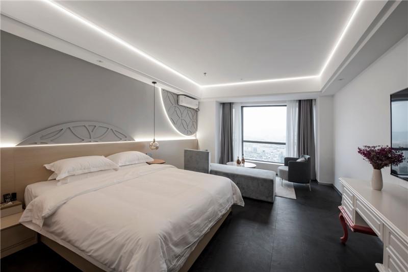 以通宝为主题的时尚精品酒店客房设计方案