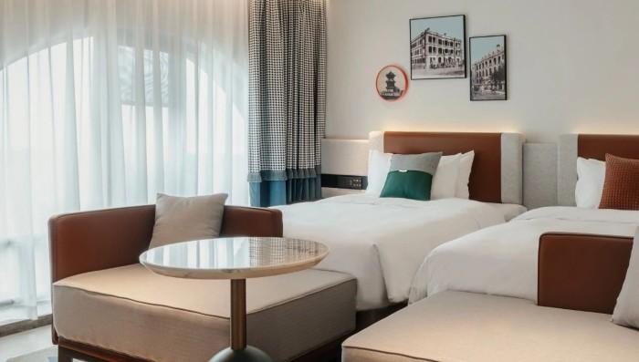 复古传奇  武汉汉口江滩美仑国际酒店客房设计